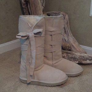 Emu wrap boots
